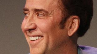 Komolyan mondjuk: Nicolas Cage visszaadja Mongóliának a lopott dinoszauruszkoponyát