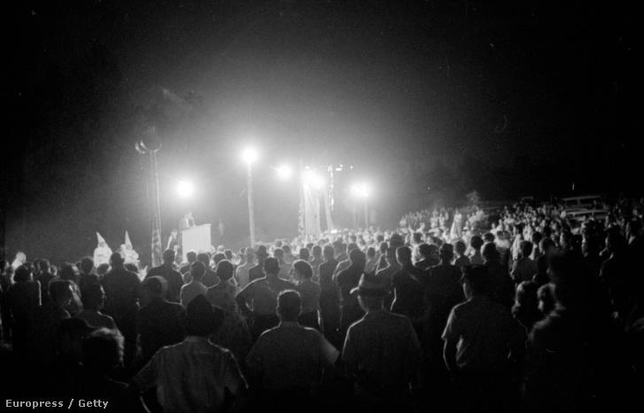 Ku Klux Klán naggyűlés az észak-karolinai Concorban, 1963. augusztus 31-én.