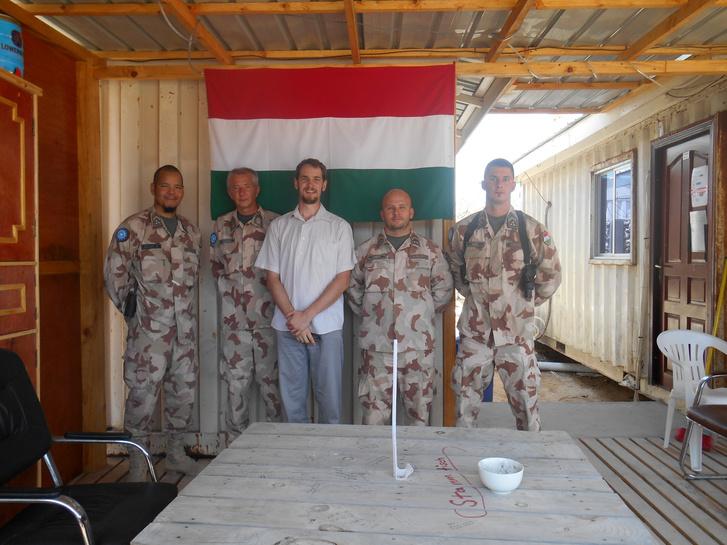 Együtt a magyar katonákkal