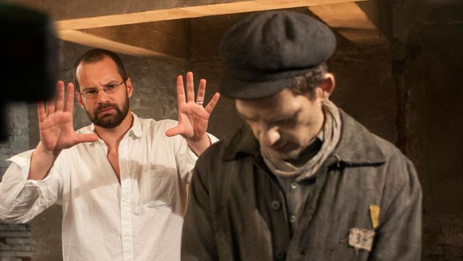 Erdély Mátyás operatőr a Saul fia forgatásán