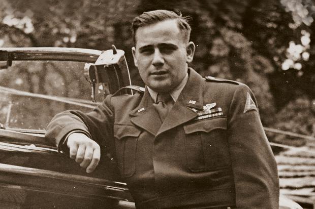 Arnold Weiss 1945-ben