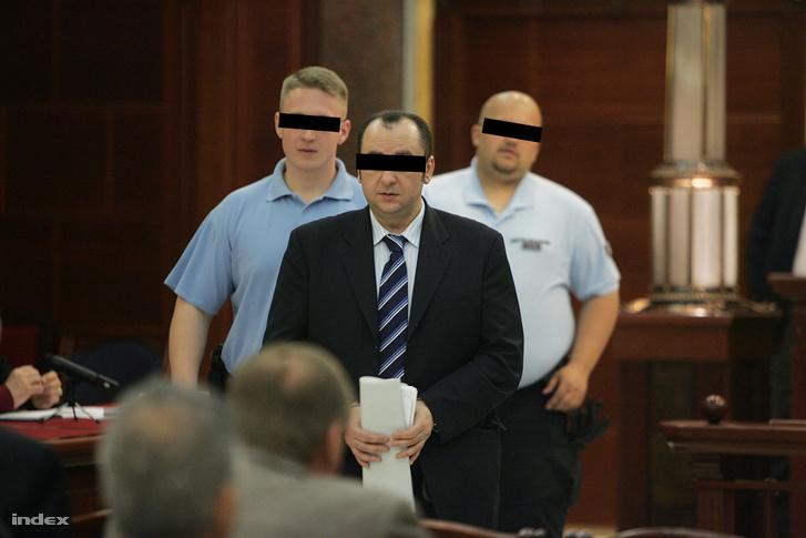 Kulcsár Attila a bíróságon, a per másodfokú tárgyalásán