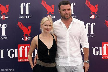 Naomi Watts és Liev Schreiber