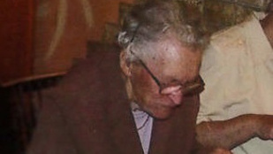 Nagyon keresik ezt a 87 éves mocsai nénit