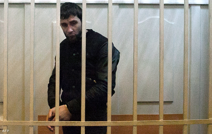 A gyilkosság végrehajtásával meggyanúsított Zaur Dadajev a Basmanny kerületi bíróságon Moszkvában, 2015. március 8-án.