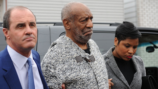 Vádat emeltek Bill Cosby ellen