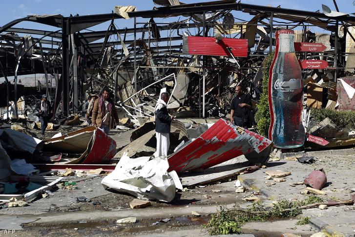 Lebombázott Coca-Cola gyár Jemen fővárosában