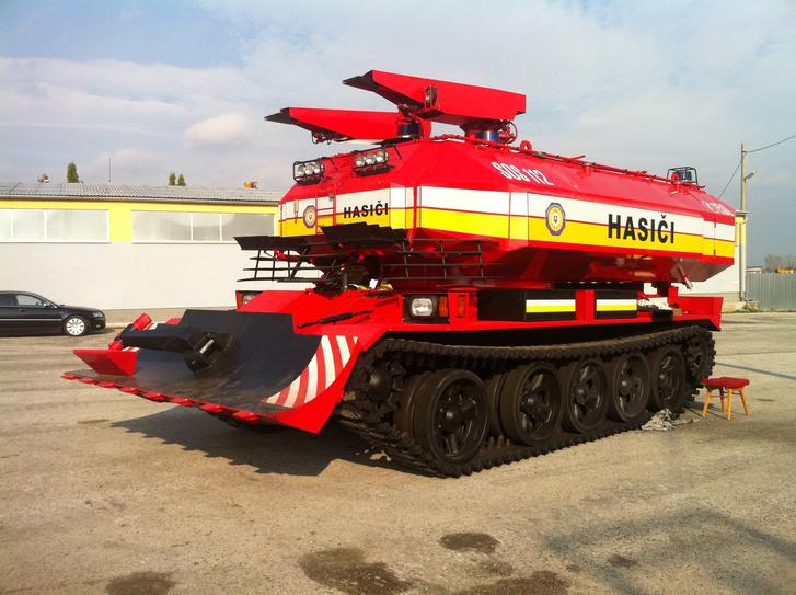 A szlovák tűzoltóságnak több ilyen járműve is van