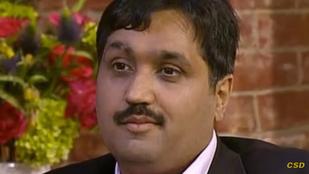Elvesztheti szüzességét a 43 éves műpéniszes férfi