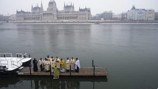 A januári Budapesten a Dunában is történnek érdekességek