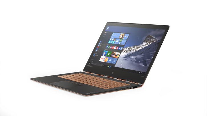 YOGA 900S in Gold Using Windows 10 in Laptop Mode.png