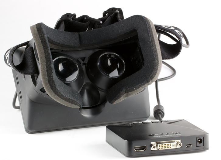 Oculus Rift - Developer Version - Back and Control Box