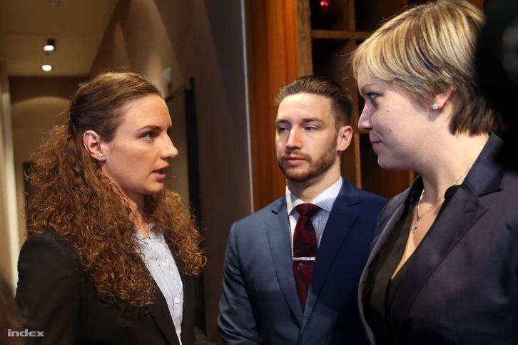 Hosszú Katinka és Shane Tusup a 2016. január 6-án tartott sajtótájékoztatón.