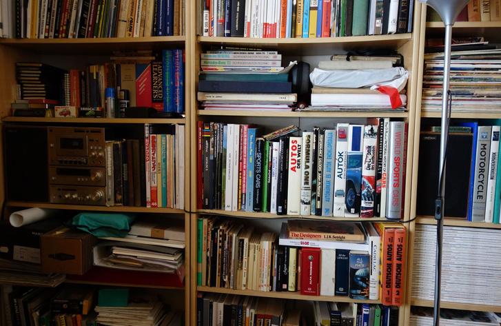 Ezekből a könyvekből dolgozom. Többek között. Ha néha veteránokról írok