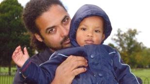 Egy ghánai szikla mögött találták meg a brit sorozatsztár és két gyermekük gyilkosát