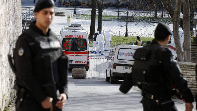 Az Iszlám Állam terroristája robbantott Isztambulban