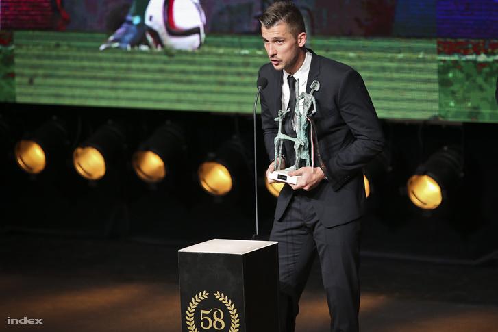 Priskin megköszönte a kapitánynak, mert a cserepadról nehezebb lett volna belőni az év gólját