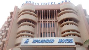 Túszokat ejtettek egy Burkina Fasó-i luxusszállodában