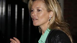 Nem fogja elhinni, hogy Kate Moss miről feledkezett el már megint