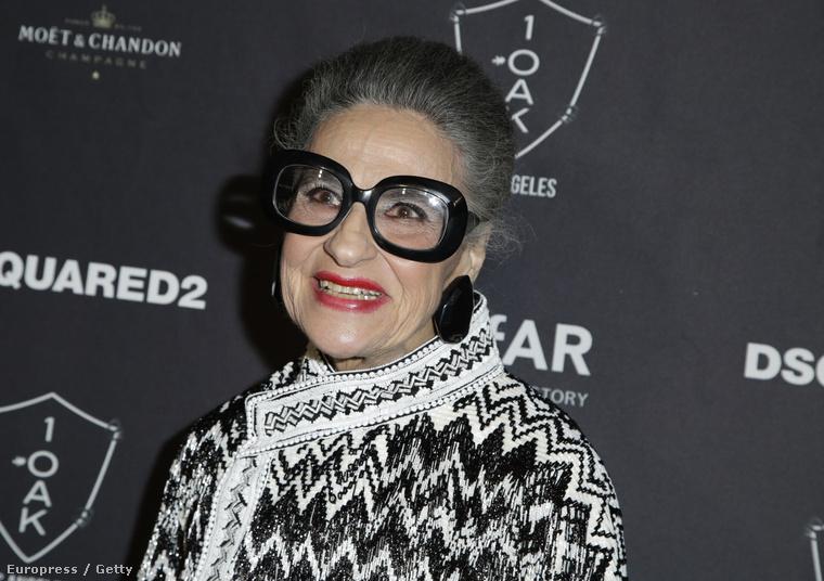 Joy Venturini Bianchi az amFAR Los Angeles-i gáláján, szintén október végén