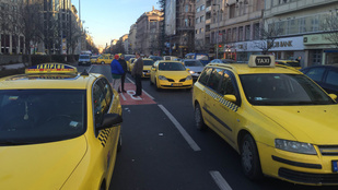 Taxisblokád: Átadták a petíciót Tarlósnak