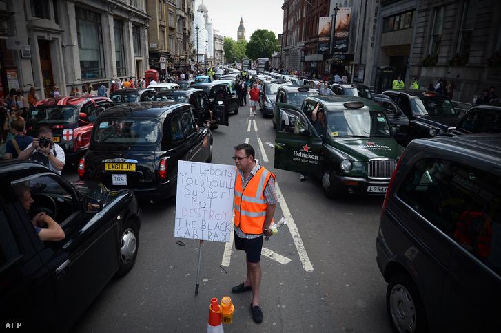 Taxisblokád London belvárosában, 2014. június 11-én.