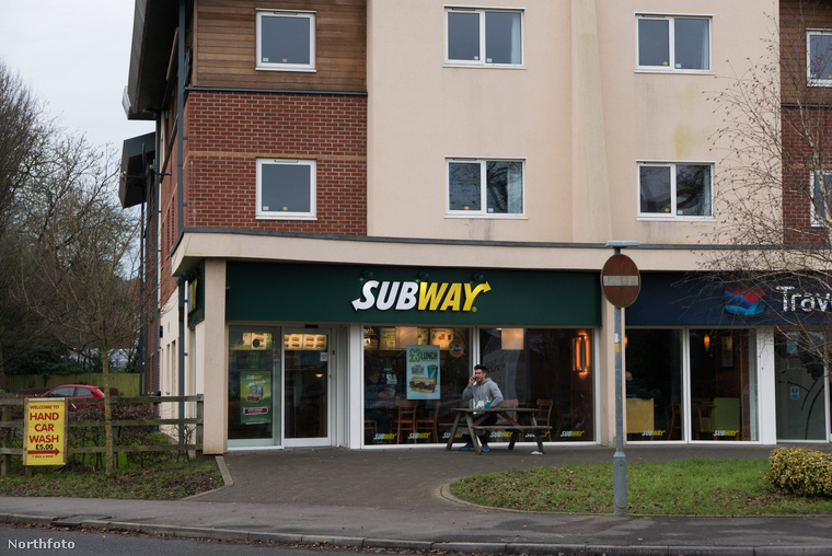 tk3s swns subway interpol 01