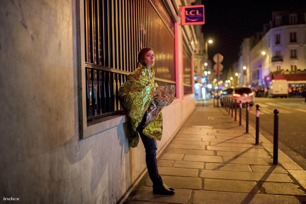 Sokkolta Párizst a terror éjszakája Képriport (sorozat) 1. hely