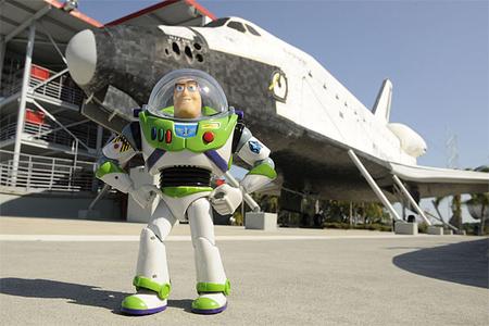 buzz-lightyear-shuttle