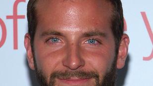 Ez a fickó úgy néz ki, mint Bradley Cooper, és élvezi