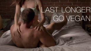 Szexszel reklámozzák a vegán életmódot