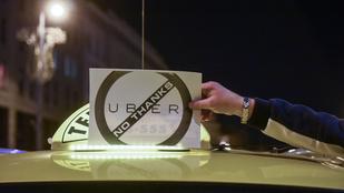 370 millió forintot kell fizetnie az Ubernek a francia taxisoknak