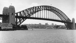 Megtalálták az ausztrál utcában elhagyott magyar családi fotók tulajdonosát