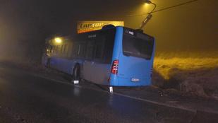 Meghalt egy buszsofőr a XV. kerületben