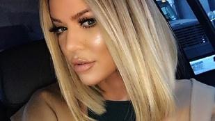 Khloe Kardashian két nővel kapta rajta az exét