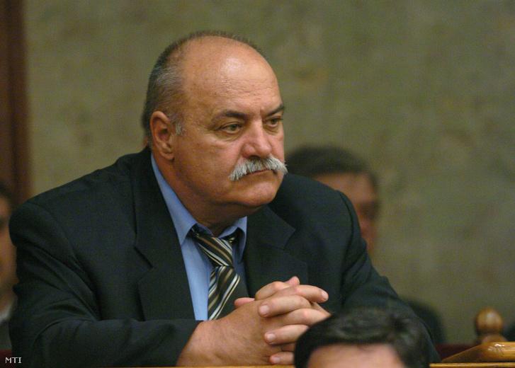 Kasza József a Parlamentben 2006 májusában