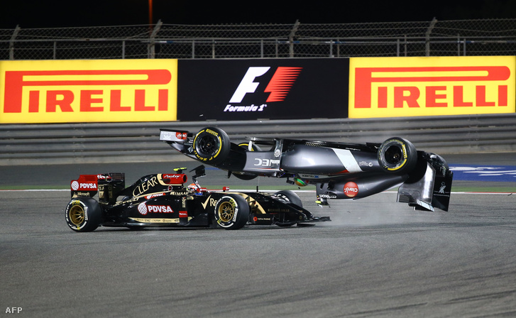 Maldonado a levegőbe repíti Esteban Gutierrezt a 2014-es Bahreini GP-n