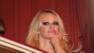 Pamela Anderson szétunta magát az Operabálon