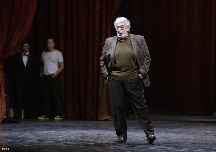 Plácido Domingo próbál az Operaház színpadán