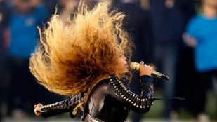 Beyoncé majdnem elesett a Super Bowlon