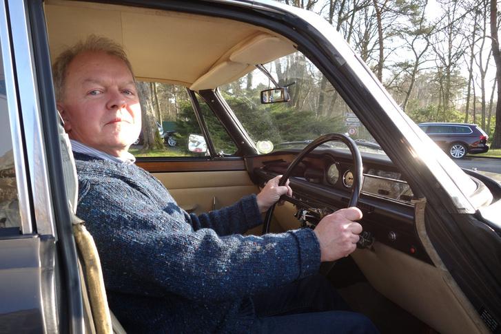 John Simister még az előző Rover 2000-ben