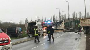 Iskolabusz szenvedett balesetet Franciaországban, hatan meghaltak
