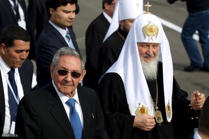 Raúl Castro és Kirill pátriárka Havannában