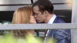 Tekintse meg Nicole Kidmant csókolózás közben