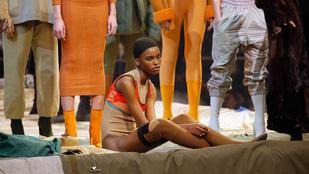 Akkor most hahotázzunk együtt Kanye West új ruhácskáin!