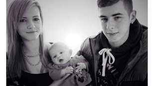 Egy mopedlopás miatt halt szörnyű halált a 17 éves anyuka és kislánya