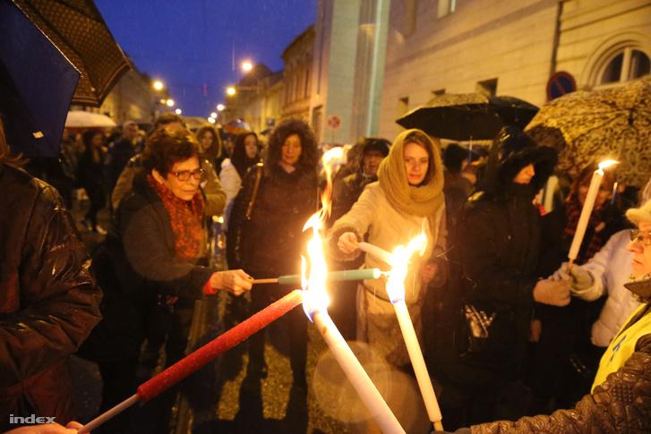 Pedagógustüntetés Miskolcon