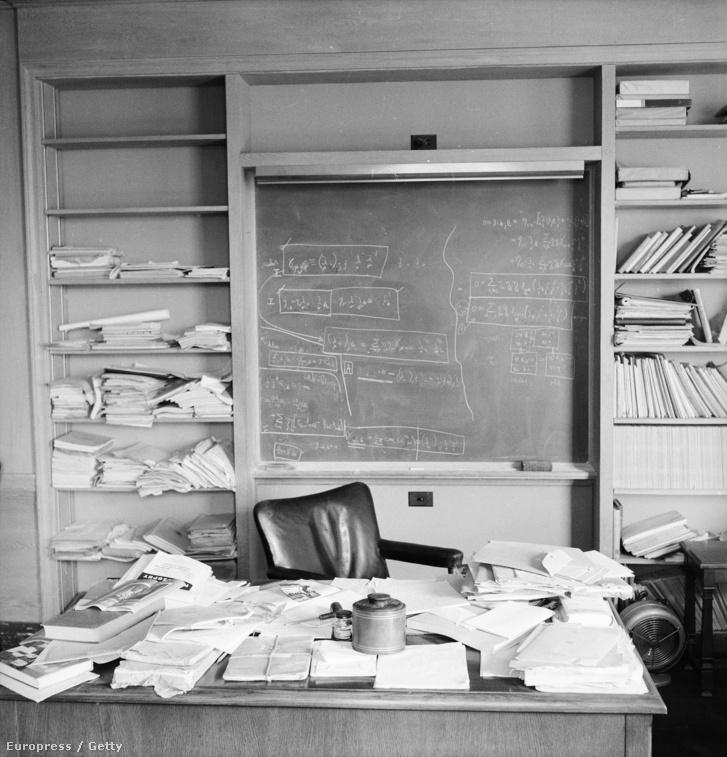 Einstein dolgozószobája