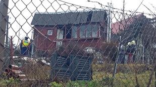 Öngyilkos robbanthatta magára a házát Nagykovácsiban