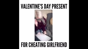 Valentin eléggé eldurvult ennél a párnál